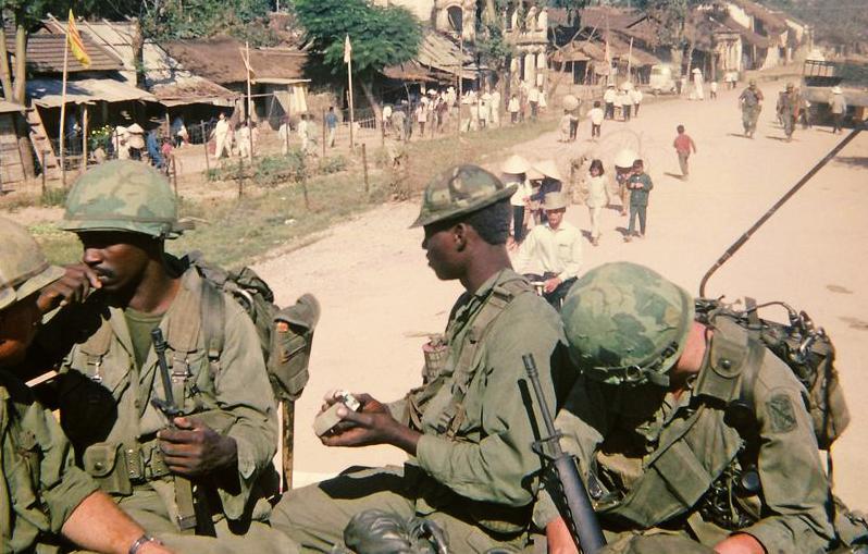 越战重演指南(一)——服装和装备介绍