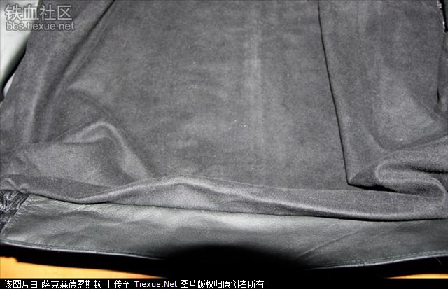 肩部,以及肩章的安装方式   左边 右边内口袋   衣服里面下部的里衬  图片