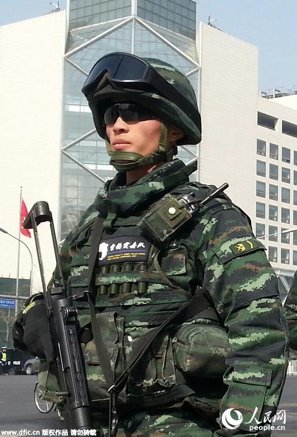 武警勇士系统防弹携行装具