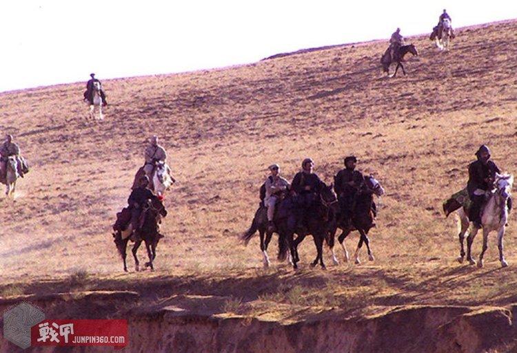 US_Special_Forces_on_horseback_Afghanistan_2001.jpg