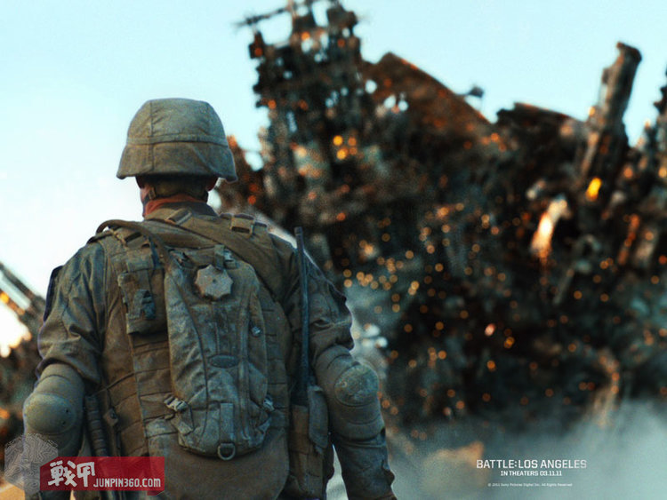 BLA_wallpapers_soldier_with_SOURCE_Tactical_3L_1600.jpg