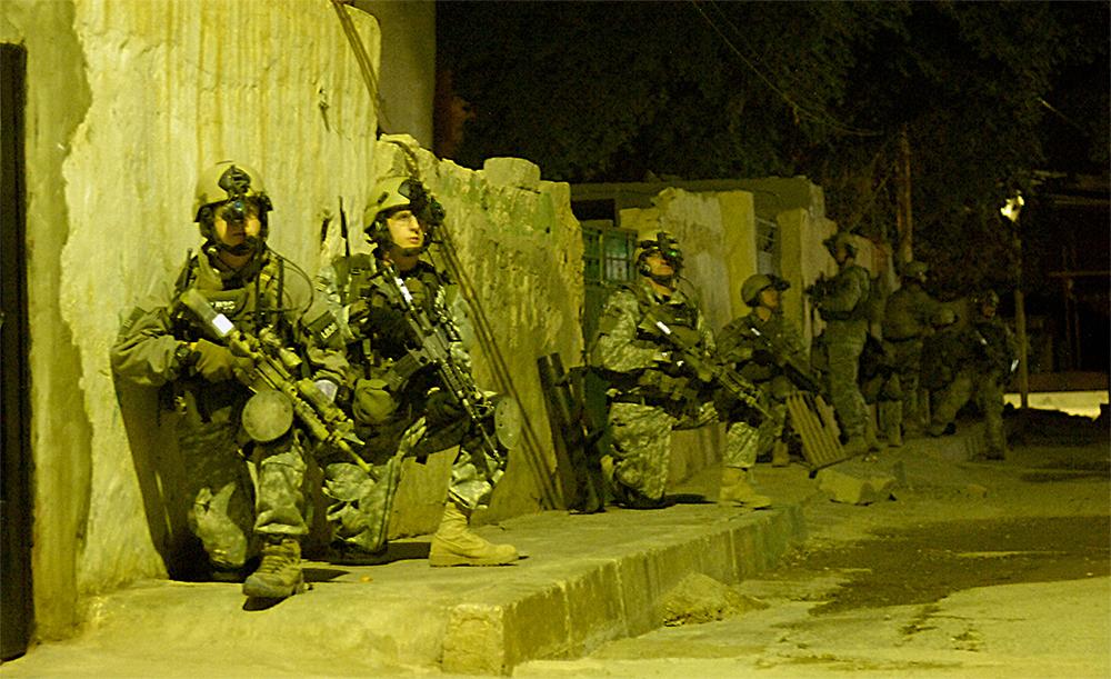 战甲专栏·?#20570;?#35762;特种作战系?#26657;?#21333;兵战斗技能与装备(2)