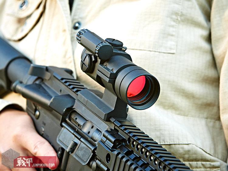 Aimpoint_carbine_optic_2.jpg
