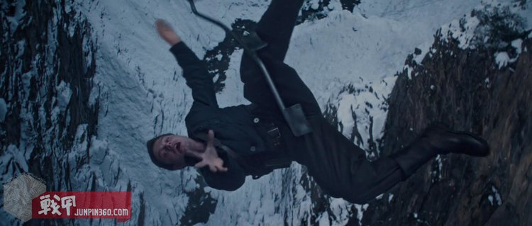 Bucky-Barnes-Death-Fall.jpg