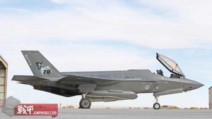 7 第323测试和评估中队的F-35A也个性化了一把.jpg
