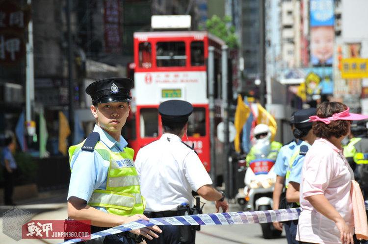 5 执勤中的香港辅警.jpg