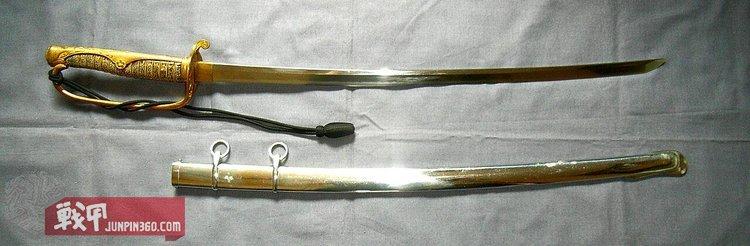 13 警察佩刀(筑前國住 左 安廣),这是一把新刀期的古刀,装上了警察佩刀的刀拵.jpg