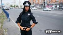 芭比娃娃一样的警花:乌克兰基辅女警官柳德米拉.米列维奇