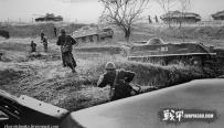 俄罗斯修复前苏铅绘画如照片般清晰 再现强大苏军[20P]