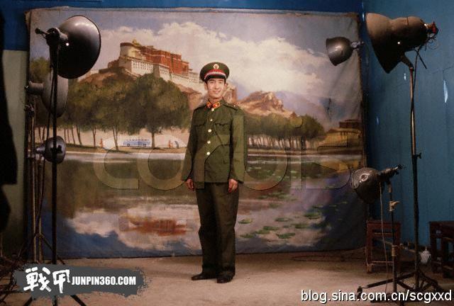 《解放军报》关于八五式军服的报道摘录(1983-1988)