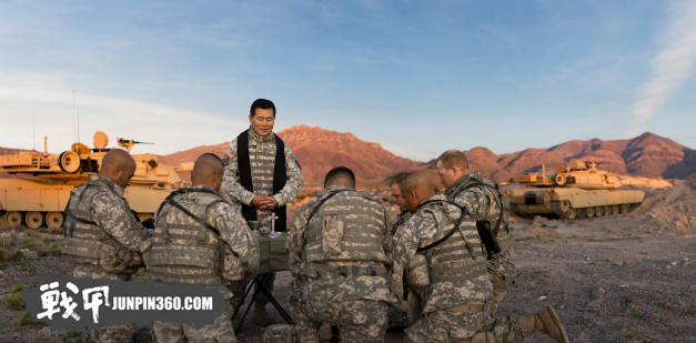 header.army-chaplain-in-the-field.png