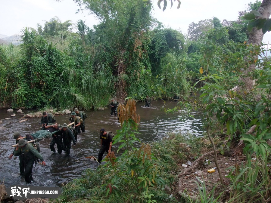 图18 丛林行军经历.JPG