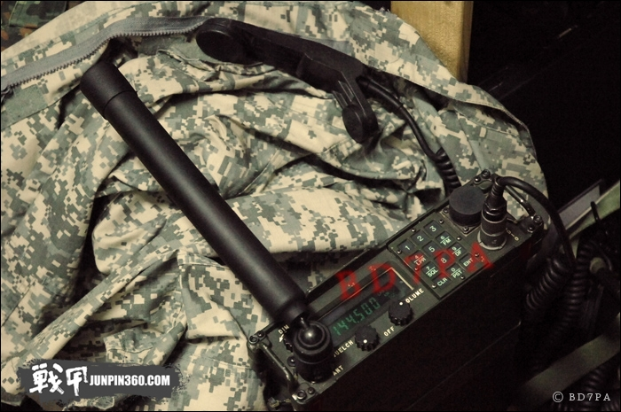 U.S Military Radio AN/PRC-113 (FM/AM特别版)使用简报 - BD7PA - BD7PAのアマチュア无线の専门志