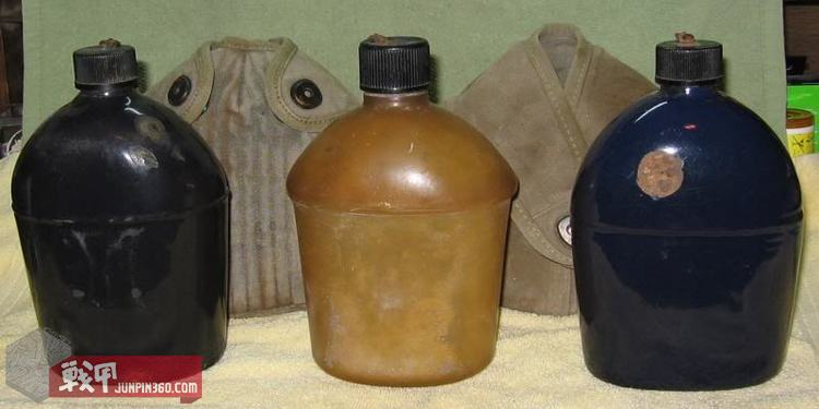 M1942塑料水壶、搪瓷水壶合影.jpg