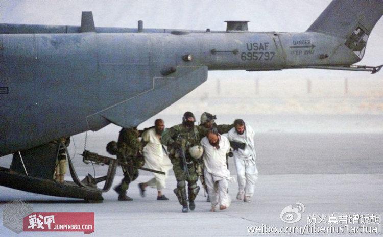 美联社搞个大新闻把借美国军机抓人的JTF2给拍上了报