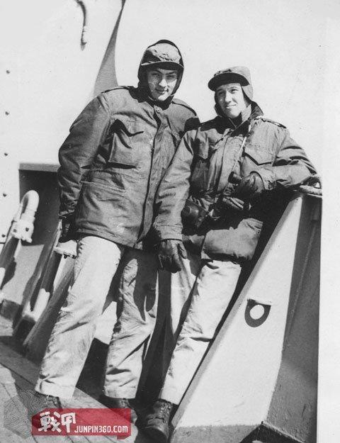 50年代的美国海陆队员, 注意到胸口的设计较近于M-65