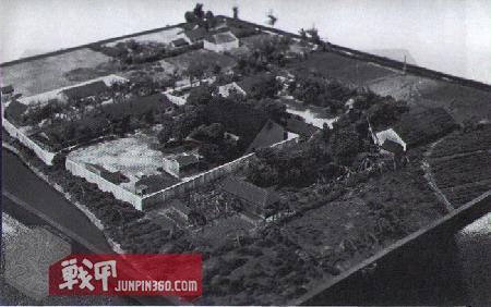 战俘营模型