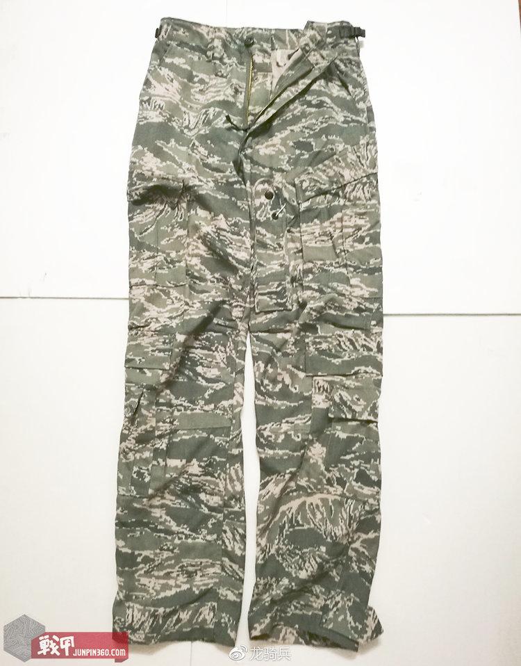 (TFDU)的裤装。