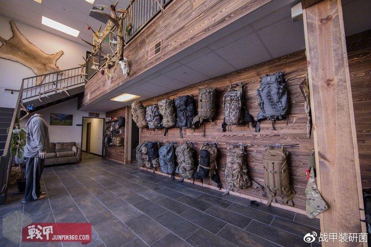工厂店大厅一览,有机会写个犀牛工厂店探秘