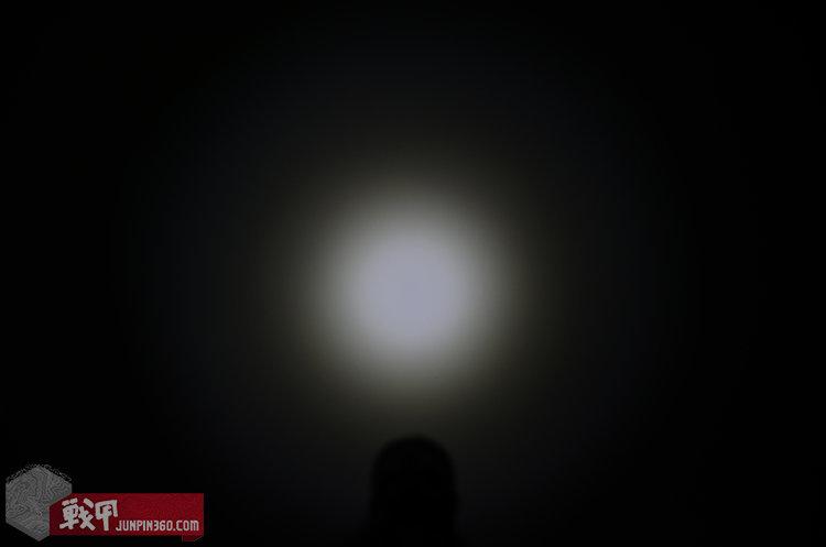 1.7一米光斑.jpg