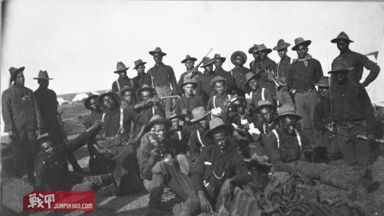 soldiers-at-camp-wikoff.jpg