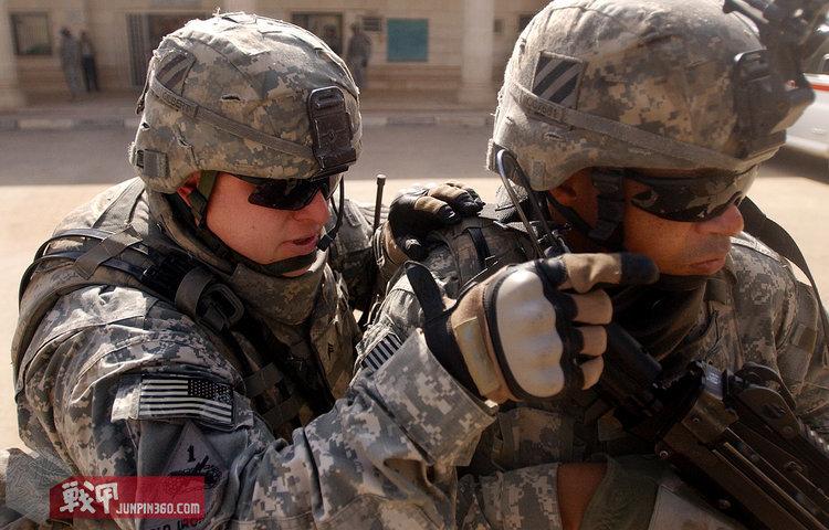 Army-0422.jpg