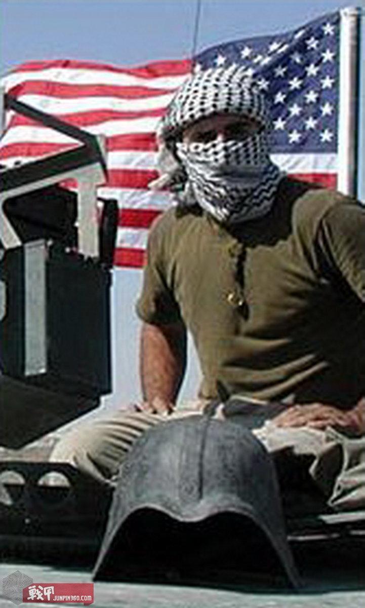 星战盔成为美军士兵追逐的战利品,并随着时间流逝身价倍涨。.jpg