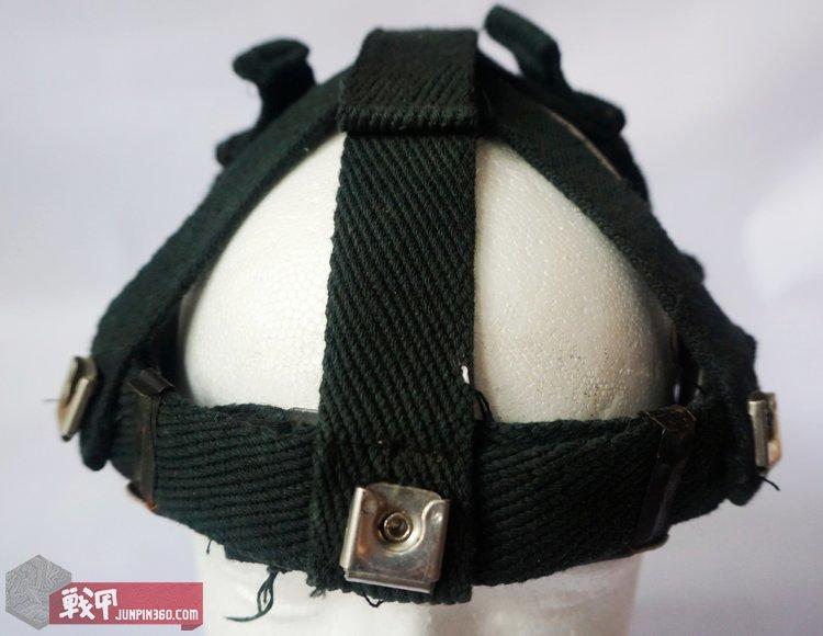 星战盔悬挂通过插扣的方式与盔体连接.jpg