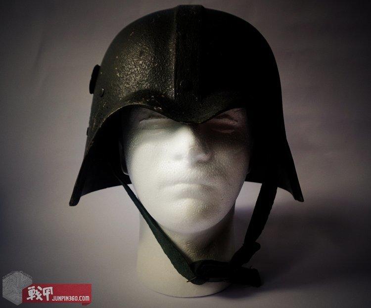 星战盔与电影原版道具一样都透出满满的邪恶感。.jpg
