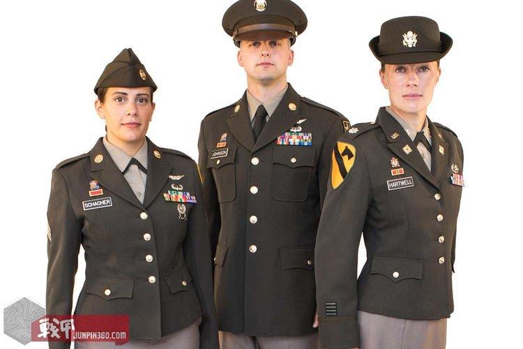 pinks-greens-uniform-1200.jpg