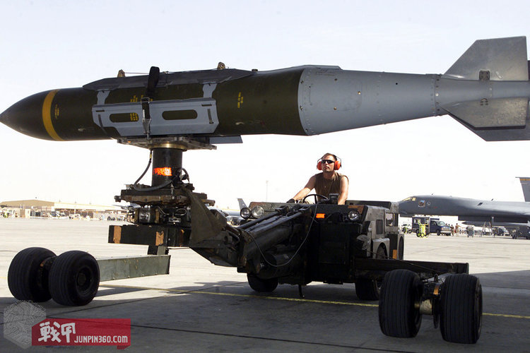 joint-direct-attack-munition-jdam-004.jpg