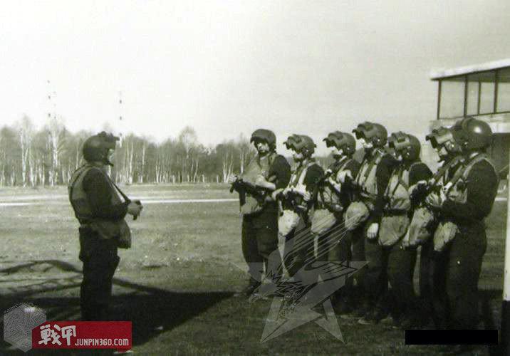 80年代初国内训练的阿尔法特种部队