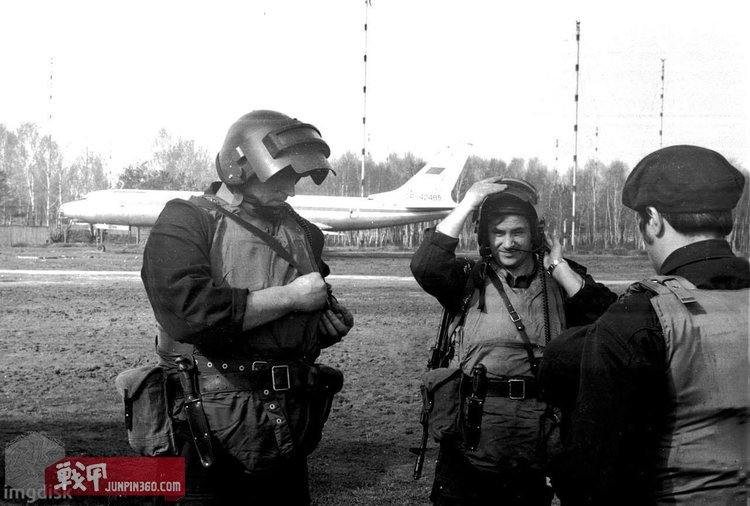 八十年代训练中的阿尔法特种部队