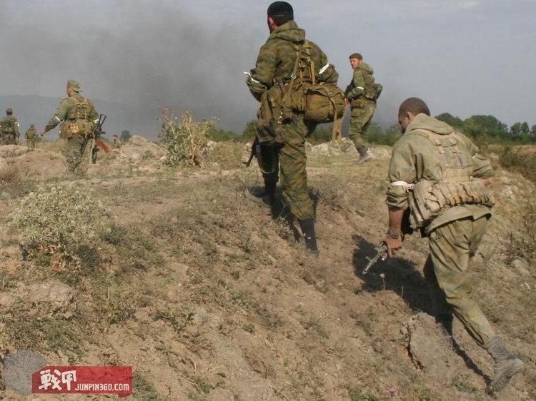2008年俄格战争中穿着flora色郭卡的俄军侦察兵