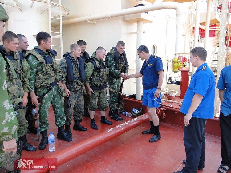 事后受到嘉奖的俄罗斯海军步兵及海军志愿人员